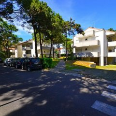 Отель Parco Hemingway - One Bedroom парковка