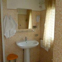 Hotel Pensione Romeo Бари ванная