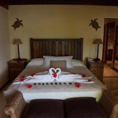 Отель Cerf Island Resort сейф в номере