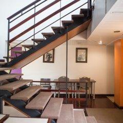 Отель Zen Rooms Basic Phra Athit Бангкок развлечения