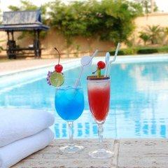 City Angkor Hotel бассейн