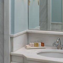 Отель Noble Suites Афины ванная