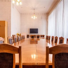Гостиница Жовтневый Украина, Днепр - 1 отзыв об отеле, цены и фото номеров - забронировать гостиницу Жовтневый онлайн помещение для мероприятий