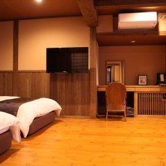 Отель Kurokawa Onsen Ryokan Wakaba Минамиогуни комната для гостей фото 5