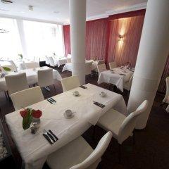 Отель Max Brown Midtown Дюссельдорф помещение для мероприятий