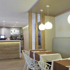 Отель Espahotel Plaza de Espana Испания, Мадрид - 2 отзыва об отеле, цены и фото номеров - забронировать отель Espahotel Plaza de Espana онлайн гостиничный бар