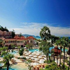 Отель Centara Grand Beach Resort Phuket Таиланд, Карон-Бич - 5 отзывов об отеле, цены и фото номеров - забронировать отель Centara Grand Beach Resort Phuket онлайн балкон