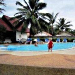 Отель Lanta Summer House бассейн
