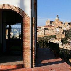Отель La Casa Rossa Country House Пьяцца-Армерина