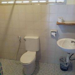 Отель Lanta Scenic Bungalow Таиланд, Ланта - отзывы, цены и фото номеров - забронировать отель Lanta Scenic Bungalow онлайн ванная