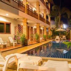 Отель Hathai House бассейн фото 2