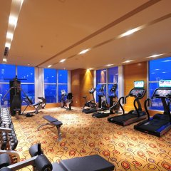 Отель Holiday Inn Xi'an Greenland Century City фитнесс-зал фото 2