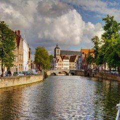 Отель Jacobs Brugge бассейн