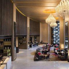 Отель Marriott Executive Apartments Bangkok, Sukhumvit Thonglor Таиланд, Бангкок - отзывы, цены и фото номеров - забронировать отель Marriott Executive Apartments Bangkok, Sukhumvit Thonglor онлайн гостиничный бар