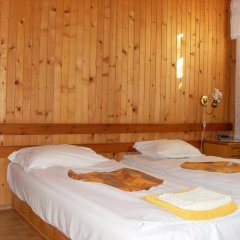 Отель Kalina Болгария, Генерал-Кантраджиево - отзывы, цены и фото номеров - забронировать отель Kalina онлайн комната для гостей фото 4