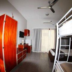 Отель Smugglers Cove Beach Resort and Hotel Фиджи, Вити-Леву - отзывы, цены и фото номеров - забронировать отель Smugglers Cove Beach Resort and Hotel онлайн комната для гостей фото 5