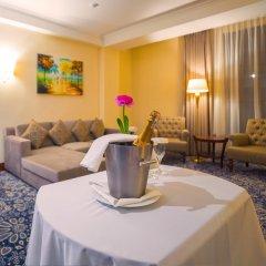 Гостиница Рамада Алматы комната для гостей фото 2
