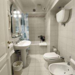 Отель Villa Belvedere Италия, Сан-Джиминьяно - отзывы, цены и фото номеров - забронировать отель Villa Belvedere онлайн ванная фото 2