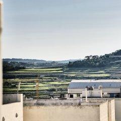 Отель The Village Apartments Мальта, Буджибба - отзывы, цены и фото номеров - забронировать отель The Village Apartments онлайн балкон