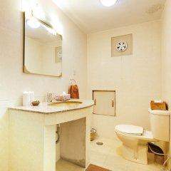 Отель Kantipur Temple House Непал, Катманду - 1 отзыв об отеле, цены и фото номеров - забронировать отель Kantipur Temple House онлайн ванная фото 2