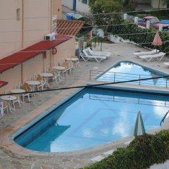 Sea Bird Hotel Сивота бассейн