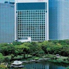 Отель Conrad Tokyo Япония, Токио - отзывы, цены и фото номеров - забронировать отель Conrad Tokyo онлайн бассейн