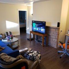 Отель LUXE Retreat at 8050 Kaymar Dr. Канада, Бурнаби - отзывы, цены и фото номеров - забронировать отель LUXE Retreat at 8050 Kaymar Dr. онлайн детские мероприятия фото 2