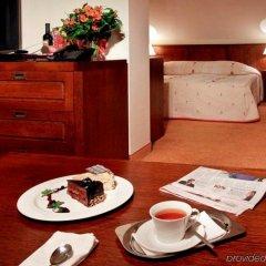 Отель Yastrebets Wellness & Spa Боровец в номере