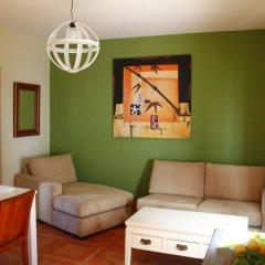 Отель Cortijo Fontanilla Испания, Кониль-де-ла-Фронтера - отзывы, цены и фото номеров - забронировать отель Cortijo Fontanilla онлайн комната для гостей фото 2