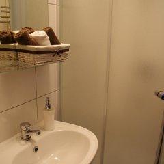 Отель Pinhouse24 Польша, Познань - отзывы, цены и фото номеров - забронировать отель Pinhouse24 онлайн ванная фото 2