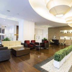 The Narathiwas Hotel & Residence Sathorn Bangkok интерьер отеля