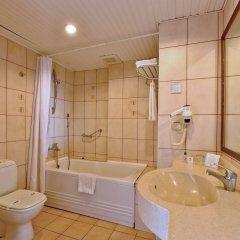 Отель Green Garden Suite ванная