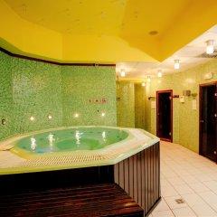 Отель Holiday Inn Belgrade Сербия, Белград - отзывы, цены и фото номеров - забронировать отель Holiday Inn Belgrade онлайн бассейн