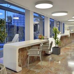 Отель Alua Hawaii Ibiza Испания, Сан-Антони-де-Портмань - отзывы, цены и фото номеров - забронировать отель Alua Hawaii Ibiza онлайн интерьер отеля
