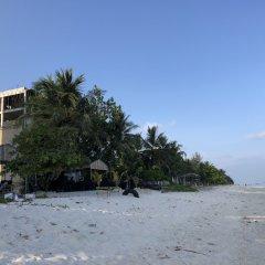 Отель Wavefrontinn Мальдивы, Мале - отзывы, цены и фото номеров - забронировать отель Wavefrontinn онлайн пляж