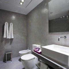 Отель Zenit Conde De Orgaz Мадрид ванная