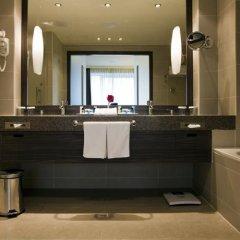 Гостиница Holiday Inn Almaty Казахстан, Алматы - отзывы, цены и фото номеров - забронировать гостиницу Holiday Inn Almaty онлайн ванная