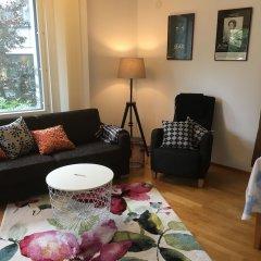 Апартаменты Top Apartments Helsinki - Tilkka комната для гостей
