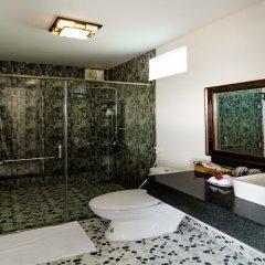 Отель The Moon River Homestay & Villa ванная