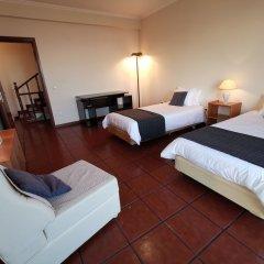 Отель Villa Caniçal Санта-Крус сейф в номере