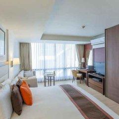 Отель Oakwood Residence Sukhumvit 24 Бангкок балкон