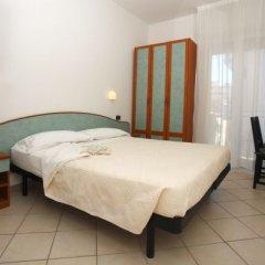 Отель Berenice Италия, Римини - 1 отзыв об отеле, цены и фото номеров - забронировать отель Berenice онлайн сейф в номере