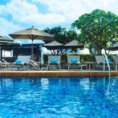 Отель Le Meridien Bangkok бассейн фото 3