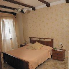 Отель U Caruggiu Боргомаро сейф в номере