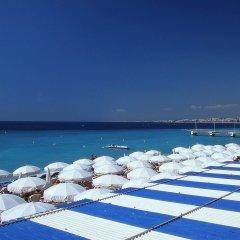 Отель Mercure Nice Promenade Des Anglais пляж