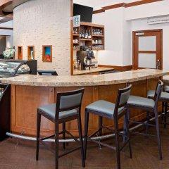 Отель Hyatt Place Ontario / Rancho Cucamonga гостиничный бар