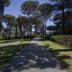Отель Via Pierre Италия, Гроттаферрата - отзывы, цены и фото номеров - забронировать отель Via Pierre онлайн спортивное сооружение