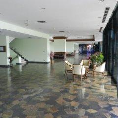 Отель Alex Group Jomtien Plaza Condotel Таиланд, Паттайя - отзывы, цены и фото номеров - забронировать отель Alex Group Jomtien Plaza Condotel онлайн интерьер отеля фото 3