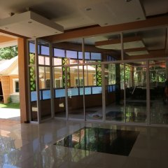 Отель Cambriza Suites сауна