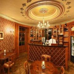 Отель Chateau St. Havel - wellness Hotel Чехия, Прага - отзывы, цены и фото номеров - забронировать отель Chateau St. Havel - wellness Hotel онлайн интерьер отеля